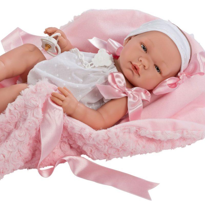 Asi Maria med rosa teppe