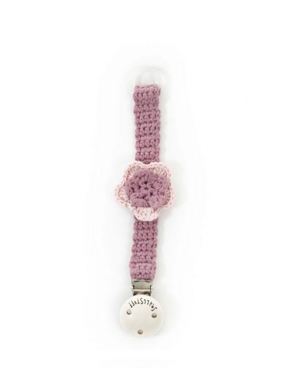 Heklet smokkesnor i rosa med blomst fra Smallstuff
