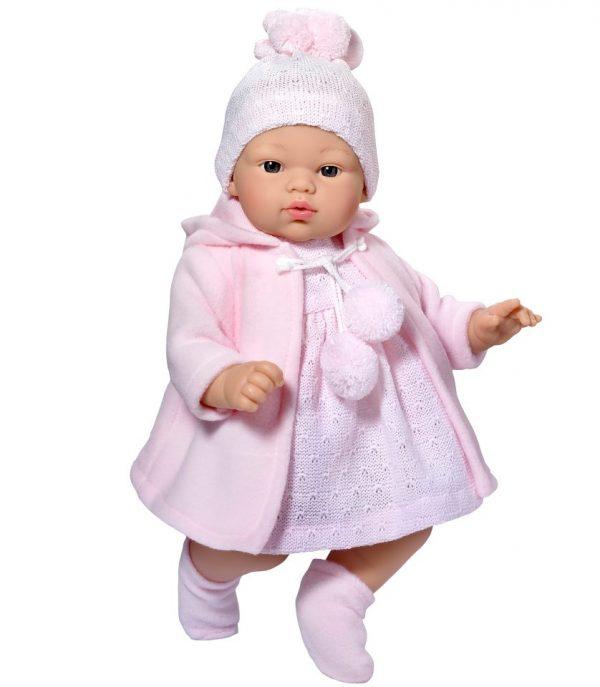 Asi Koke med rosa duffelcoat