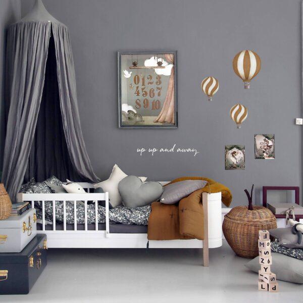 Stickstay dark mustard vintage balloons set wallstickers on wall