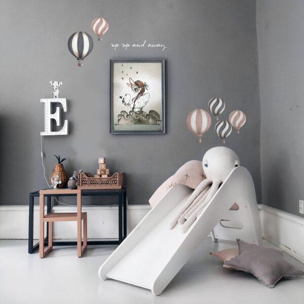 Stickstay dark pink vintage balloons set wallstickers